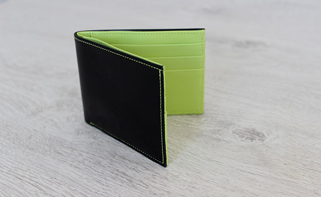 Men Leather wallet - Flap model - Black patent and Tropic Green