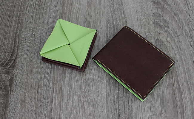Men Leather wallet - Flap model - Row Brown and Tropic Green