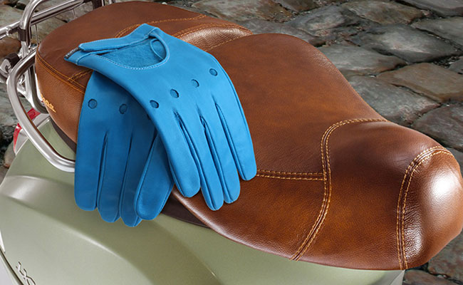 Men's coloured leather gloves - Rallye cut - Arctic Blue