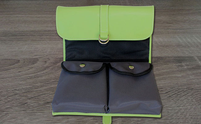 trousse de toilette homme cuir de couleur vert tropic trousse de toilette vert clair hurbane. Black Bedroom Furniture Sets. Home Design Ideas
