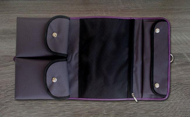 trousse de toilette en cuir pour hommes violet ultra trousse de toilette violet hurbane. Black Bedroom Furniture Sets. Home Design Ideas